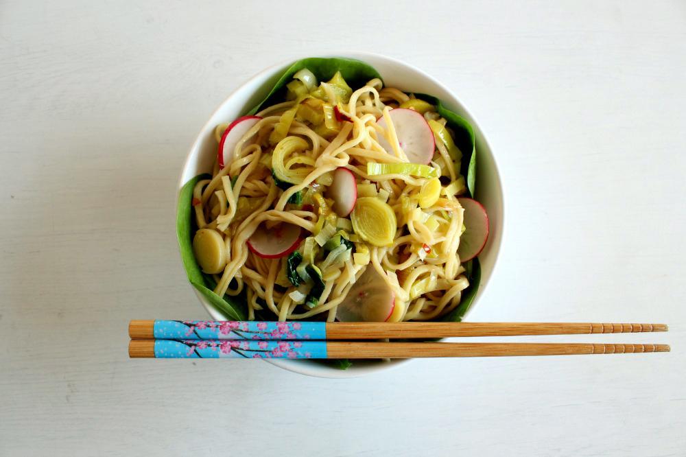 Insalata di noodles freddi