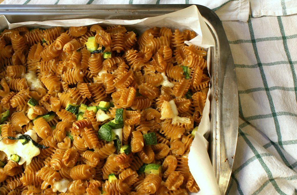 Pasta al forno zucchine e mozzarella